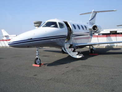 beechcraft-premier-welcome-on-board