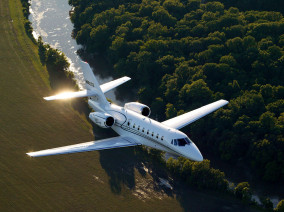 cessna-citation-sovereign-flying