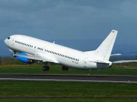 boeing-737-take-off